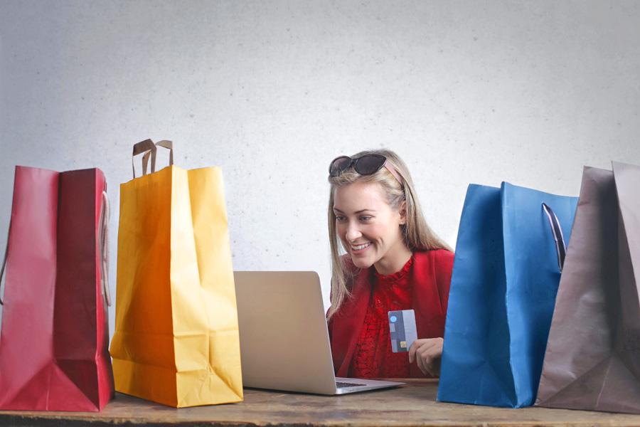 Der Einzelhandel will digitaler werden und mehr in Social Media und Online-Auffindbarkeit investieren